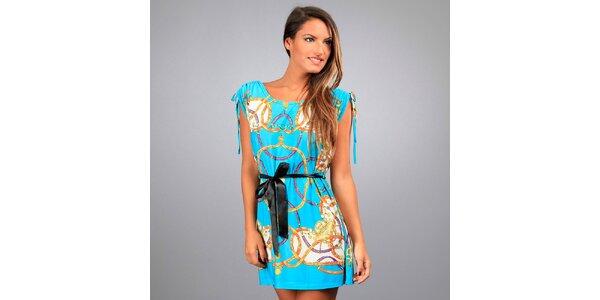 Dámske tyrkysové šaty Des Si Belles s jazdeckým motívom
