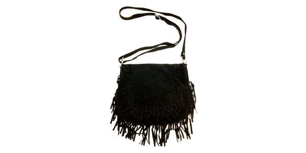 Dámska čierna semišová kabelka so strapcami a prepletaním