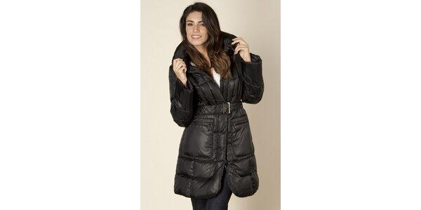 Dámsky čierny prešívaný kabát Trussardi