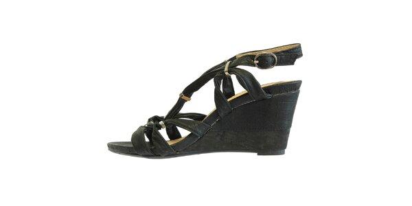 Dámske čierne sandále s kovovými prackami Vanelli