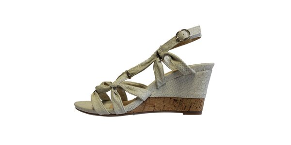 Dámske biele sandále s kovovými prackami Vanelli