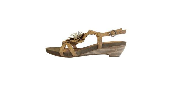 Dámske béžové sandálky s kvetinou Vanelli