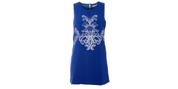 Dámske modré šaty Kzell s bielou výšivkou a farebným zipsom