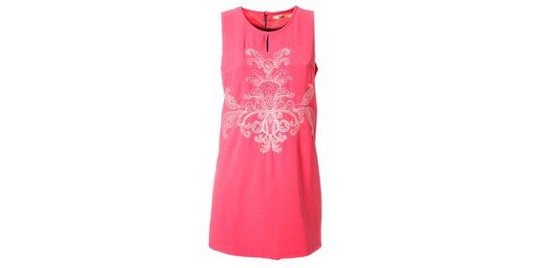 Dámske ružové šaty Kzell s bielou výšivkou a farebným zipsom