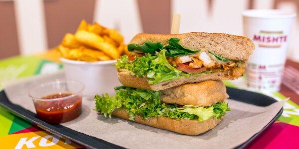 Nadupaný sandwich s MISHTE TWIST zemiačikmi, omáčkou a bezodným nápojom