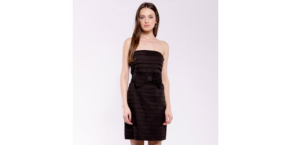 Dámske čierne plisované šaty s mašľou Almatrichi