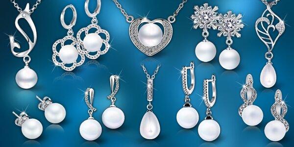Elegantné perlové šperky z novej kolekcie: náušnice i náhrdelníky