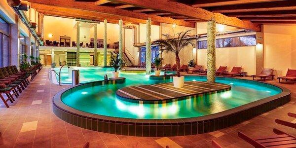 Vstup do vodného a saunového sveta s obedom alebo večerou pre 2 osoby