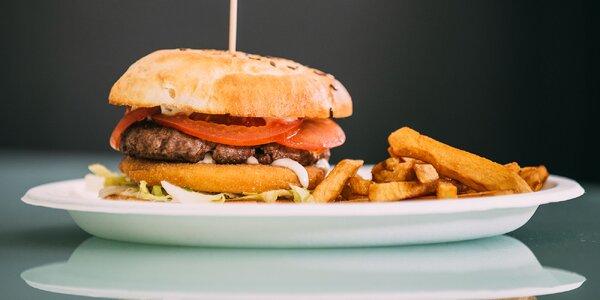 Tri druhy šťavnatých burgerov v City Burger