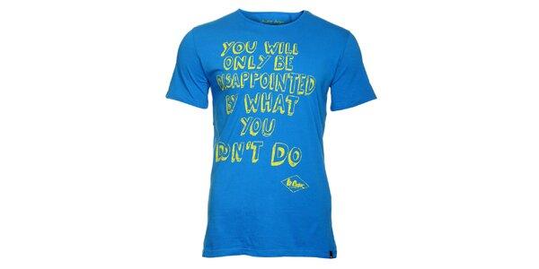 Pánske žiarivé modré tričko Lee Cooper so žltou potlačou