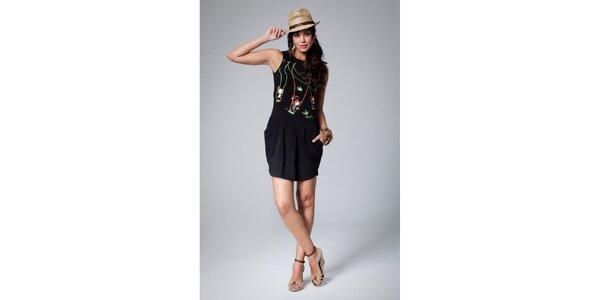 Dámske čierne šaty Como Una Regadera s farebnou potlačou