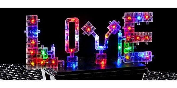 Super zábava so svietiacou stavebnicou LaserPegs!