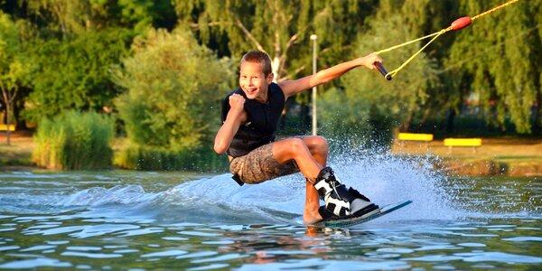 Adrenalínové vodné lyžovanie v Trixen parku