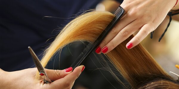 Predchádzajúce ponuky Vlasový styling  3a193665e1f
