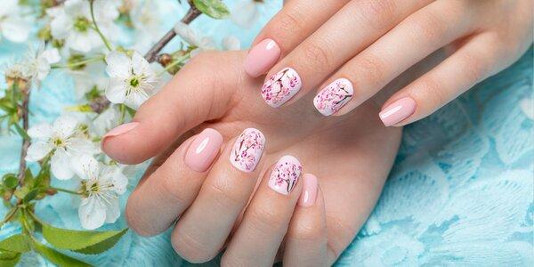 Dokonalé gélové nechty alebo gélový lak pre krásu vašich rúk