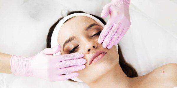 Ošetrenie pleti s masážou, anti-age procedúra alebo lashlift