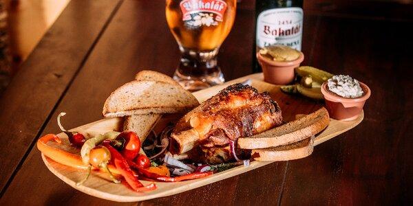 Pečené bravčové koleno s pivom Bakalář