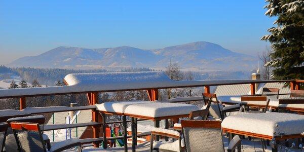 Do Beskýd na víkend: polpenzia s bio hovädzími steakmi, sauna i lyžovanie