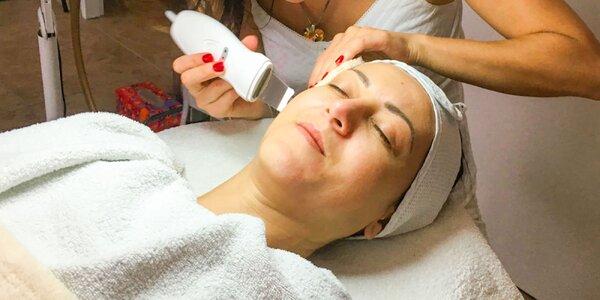 Kompletné ošetrenie tváre a dekoltu s masážou