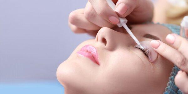 Lash lift mihalníc a ošetrenie očného okolia