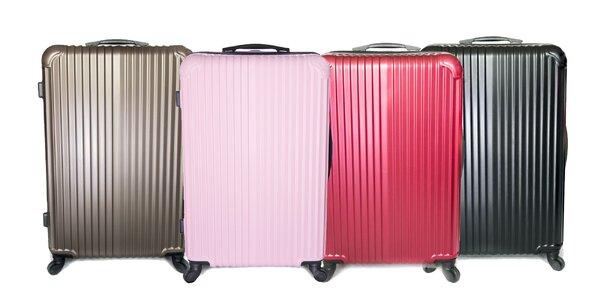 Kvalitné škrupinové kufre v štyroch farbách