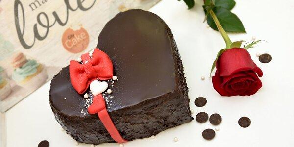 Čokoládové srdiečko s malinami a mascarpone