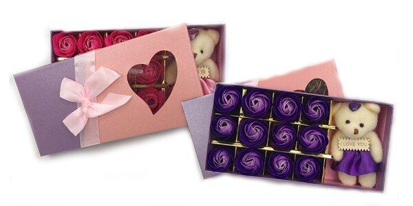 Darčekový box s macíkom a večnými ružami