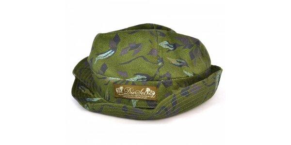 Pánsky tmavo zelený klobúk s potlačou