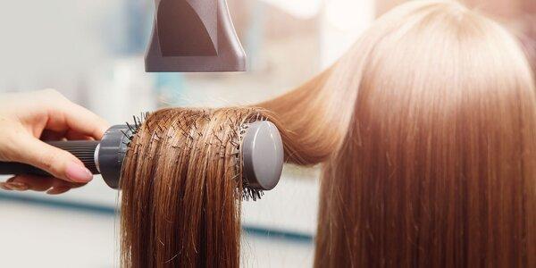 Strih a keratínová či Olaplex kúra na vlasy