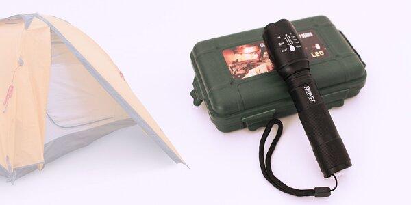 Praktická baterka Beast LED Flashlight