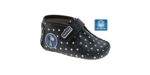 Tmavo modré dojčenské topánočky Beppi s bielymi bodkami