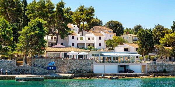 Apartmány v Korčuli s balkónom - bazén aj výlety