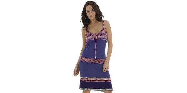 Dámske fialové šaty s háčkovanými detaily Peace & Love