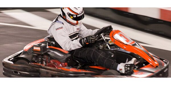 Jazda motokárou na najväčšej indoor dráhe