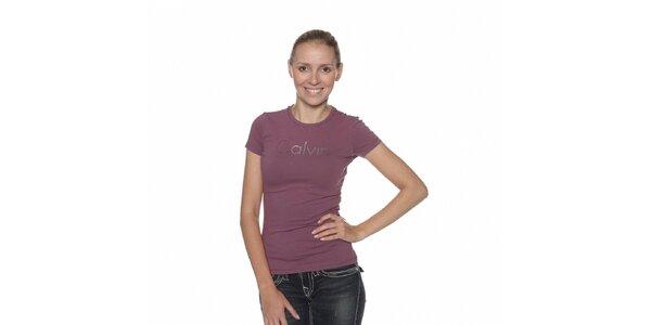 Dámske fialové tričko Calvin Klein s potlačou a kamienkami