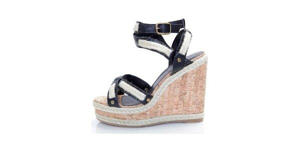 Dámske čierne kožené sandále Sandalo na vysokom kline