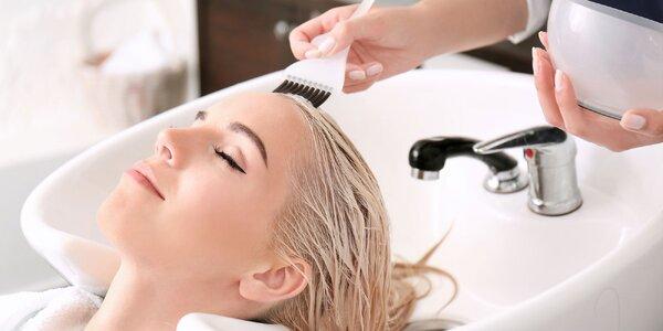 Strih, melír a regeneračná starostlivosť o vaše vlasy