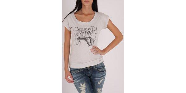 Dámske biele tričko Pepe Jeans s šedou potlačou a kovovými cvokmi
