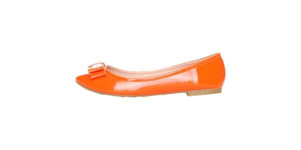 e797040f9a Lakované oranžové balerínky s mašľou Ana Lublin
