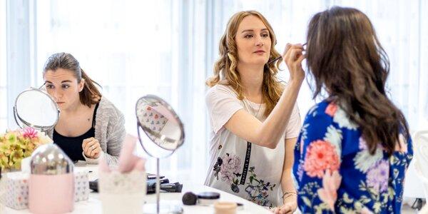 Sama sebe vizážistkou: kurz líčenia pre ženy
