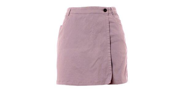 Dámske šedé šortky so zavinovacím sukňovým efektom TBS