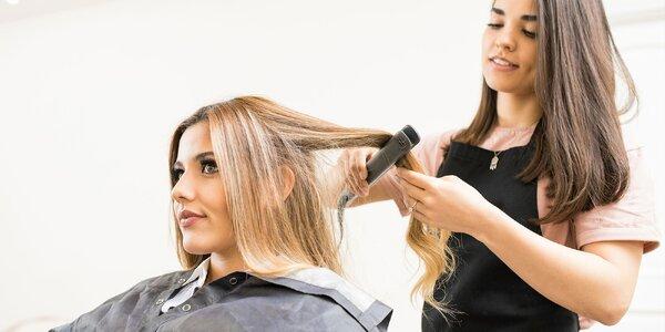 Oživte svoje vlasy so strihom či farbením!