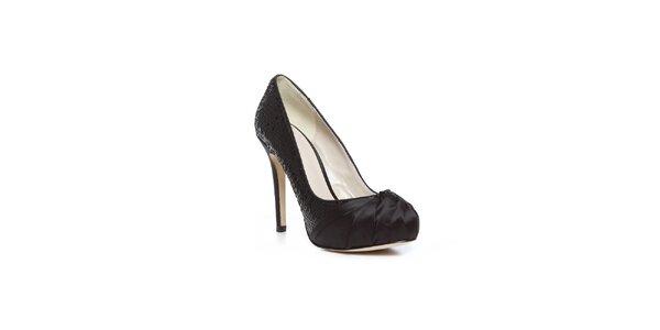 Moderné čierne topánky na vysokom opätku Bourne