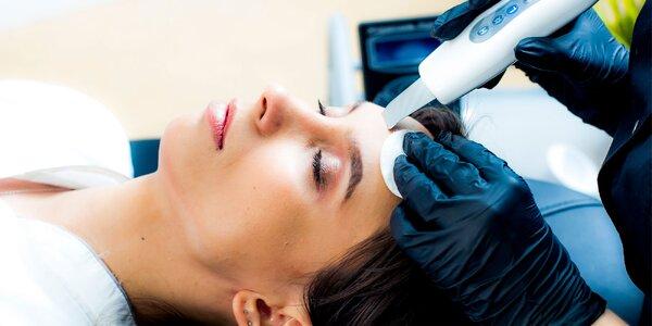 Čistenie pleti proti akné, skin scrubber alebo lifting