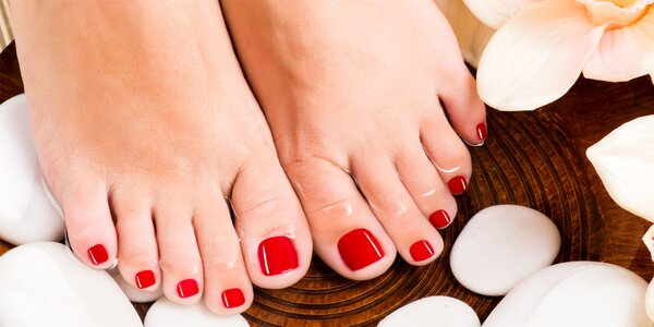 Mokrá pedikúra, Footlogix či gél lak na nohy