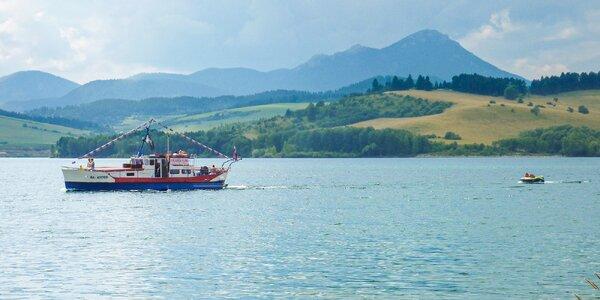 Užite si Tatry inak: plavte sa na Liptovskej Mare