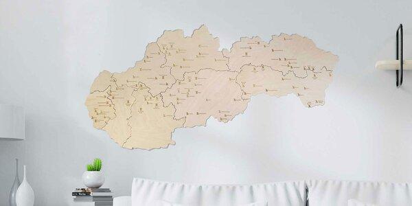 Krásna drevená mapa hradov a zámkov Slovenska