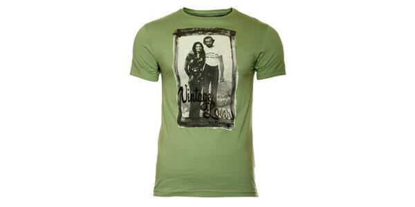 Pánske zelené tričko s vintage potlačou ZU elements