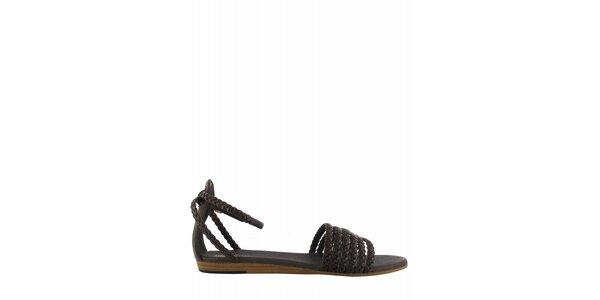 Dámske tmavo hnedé sandále Flip Flop s prepletenými páskami
