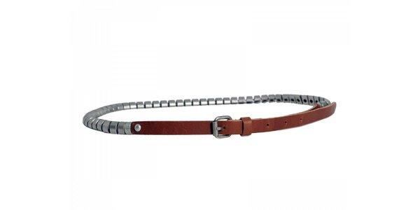 Dámsky úzky ťaví opasok Red Hot s kovovými prvkami